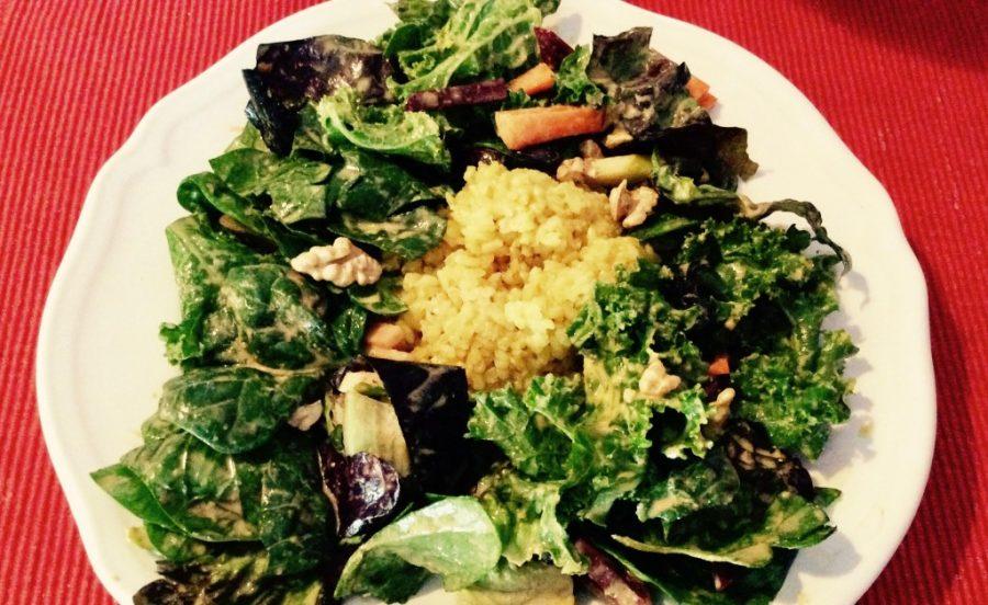Grünkohl-Salat mit Reis und Mandel-Ingwer Dressing